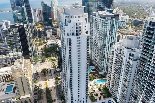 1060 Brickell Ave #1007, Miami, FL 33131 (MLS #A11052063) :: The Rose Harris Group