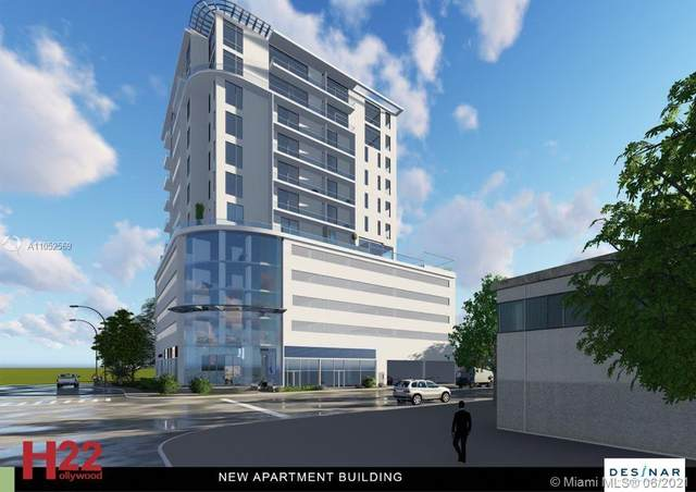 1751 Wiley St, Hollywood, FL 33020 (MLS #A11052569) :: Berkshire Hathaway HomeServices EWM Realty