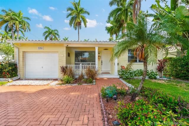 1351 Van Buren St, Hollywood, FL 33019 (MLS #A11055428) :: Berkshire Hathaway HomeServices EWM Realty