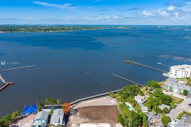 41 SW Seminole #404, Stuart, FL 34994 (MLS #A11056345) :: The Pearl Realty Group
