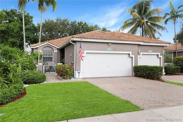 7600 S Aragon Blvd, Sunrise, FL 33322 (MLS #A11057048) :: GK Realty Group LLC