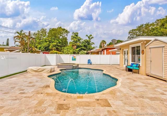 30 Bentley Dr, Miami Springs, FL 33166 (MLS #A11058231) :: Prestige Realty Group