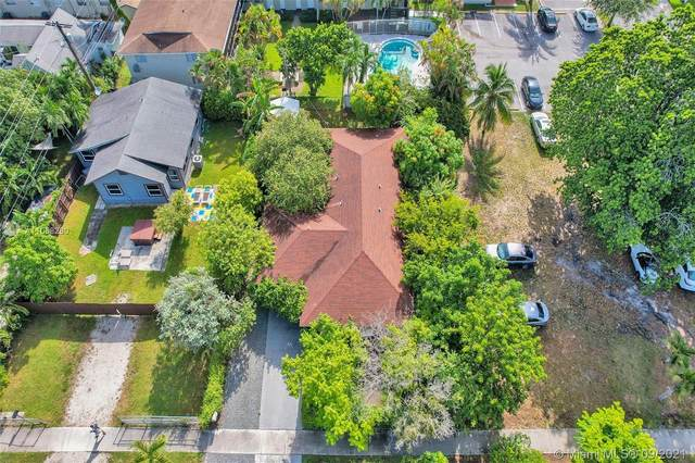 621 S 24th Ave, Hollywood, FL 33020 (MLS #A11058280) :: The Pearl Realty Group