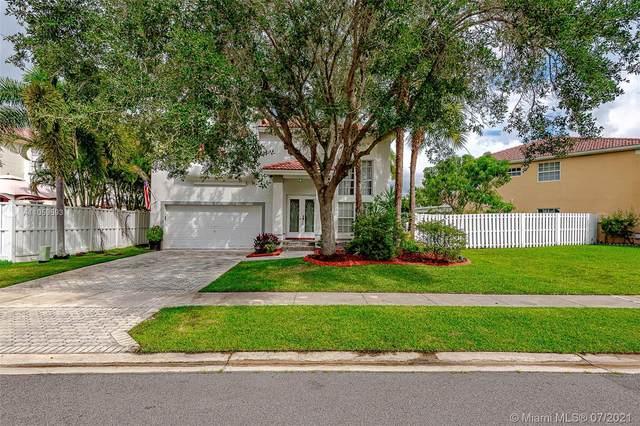 85 Gables Blvd, Weston, FL 33326 (MLS #A11059593) :: Re/Max PowerPro Realty