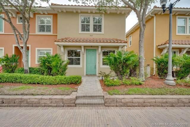 3069 NW 126th Avenue, Sunrise, FL 33323 (MLS #A11059732) :: Green Realty Properties