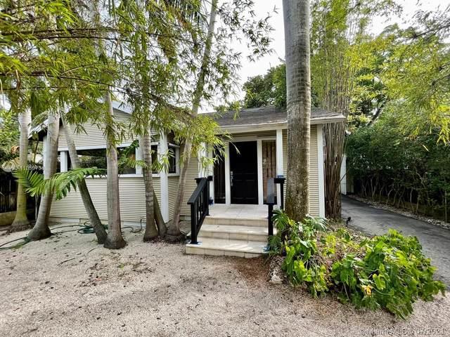 3026 Aviation Ave, Miami, FL 33133 (MLS #A11059733) :: Prestige Realty Group