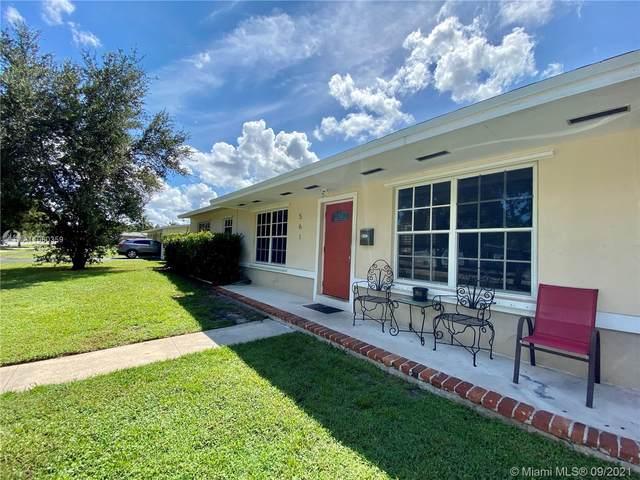 561 E Acre Dr, Plantation, FL 33317 (MLS #A11060359) :: All Florida Home Team