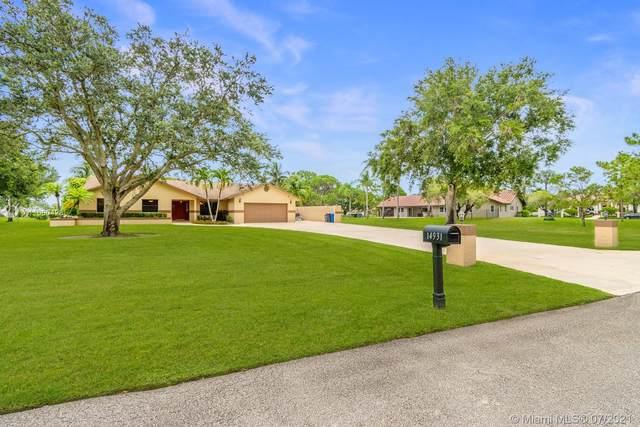 14931 Foxheath Dr, Southwest Ranches, FL 33331 (MLS #A11060428) :: Team Citron