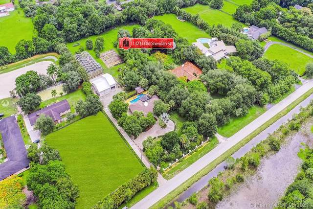 13231 Old Sheridan St, Southwest Ranches, FL 33330 (MLS #A11060477) :: Team Citron