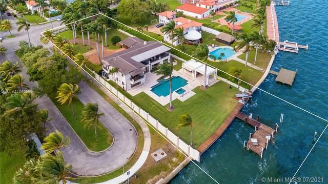 5901 N Bayshore Dr, Miami, FL 33137 (MLS #A11060555) :: Prestige Realty Group