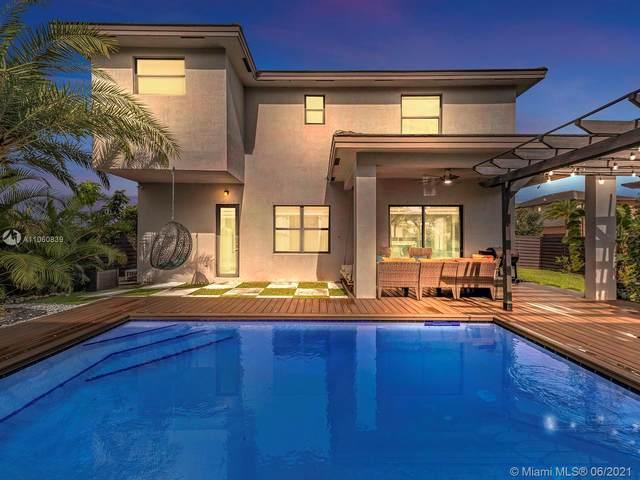 13631 SW 159th Ave, Miami, FL 33196 (MLS #A11060839) :: Prestige Realty Group