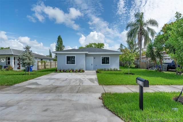 2611 NW 5th Street, Pompano Beach, FL 33069 (MLS #A11061480) :: The Rose Harris Group
