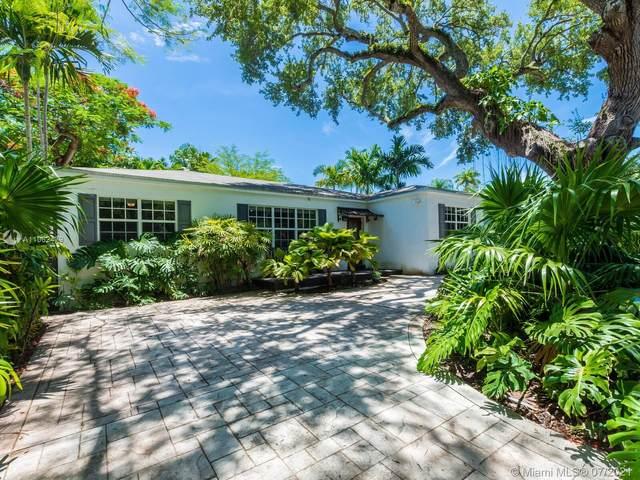 2695 SW 17 AVE, Coconut Grove, FL 33133 (MLS #A11062479) :: Albert Garcia Team