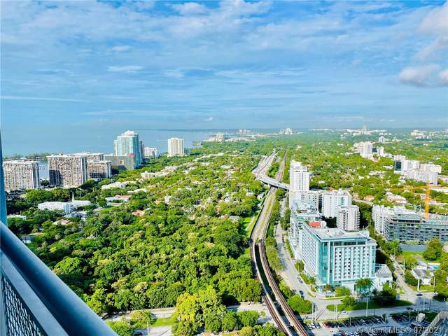 60 SW 13th St #4011, Miami, FL 33130 (MLS #A11063075) :: The Howland Group