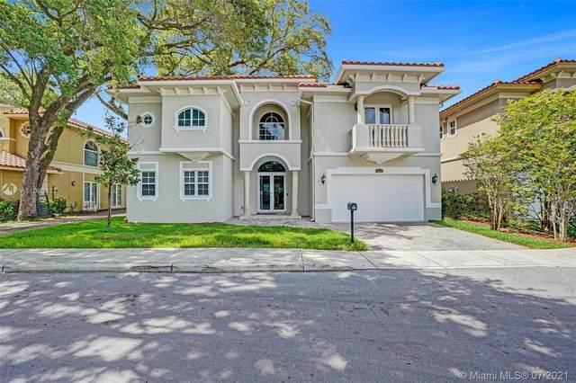3547 Forest View Cir, Dania Beach, FL 33312 (MLS #A11063412) :: Prestige Realty Group