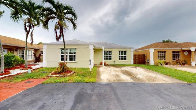 9767 SW 222nd Ter, Cutler Bay, FL 33190 (MLS #A11064791) :: The Howland Group