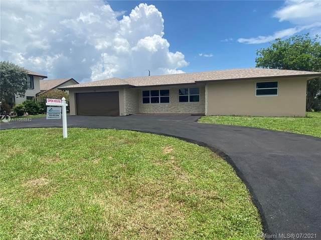 14 W Pine Tree Ave, Lake Worth, FL 33467 (MLS #A11064842) :: The Teri Arbogast Team at Keller Williams Partners SW
