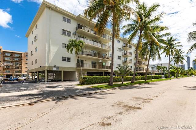 3665 NE 167th St #510, North Miami Beach, FL 33160 (MLS #A11065626) :: The Howland Group