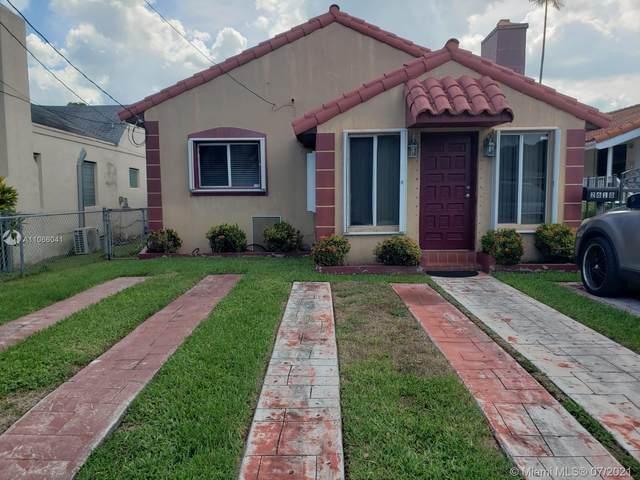 2618 SW 34th Ave, Miami, FL 33133 (MLS #A11066041) :: Equity Advisor Team