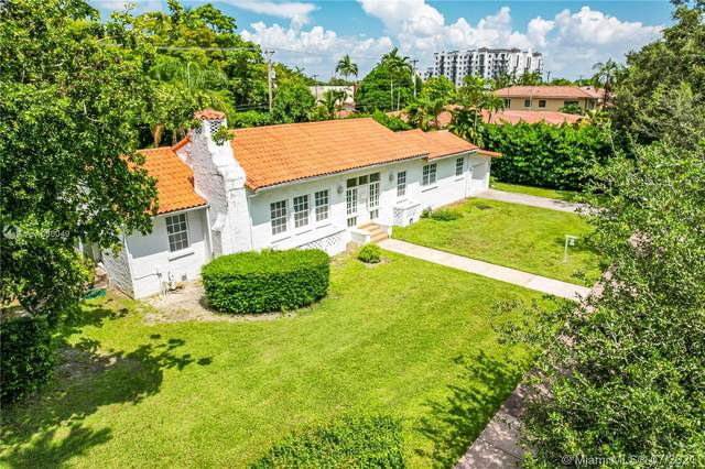 1224 Country Club Prado, Coral Gables, FL 33134 (MLS #A11066049) :: Douglas Elliman