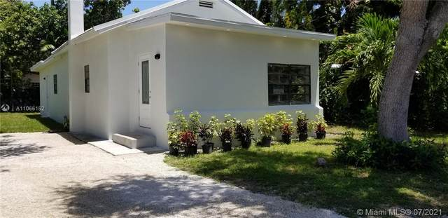 2465 NE 184th St, North Miami Beach, FL 33160 (MLS #A11066152) :: Team Citron