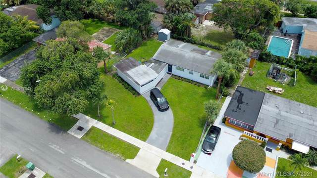 3709 NW 2nd St, Lauderhill, FL 33311 (MLS #A11067643) :: The Teri Arbogast Team at Keller Williams Partners SW