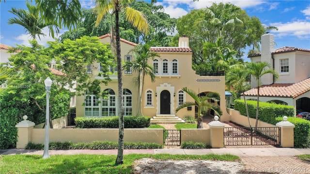 733 Alhambra Cir, Coral Gables, FL 33134 (MLS #A11068204) :: Team Citron