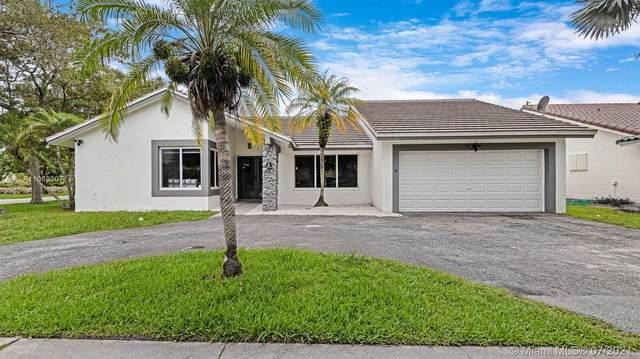 501 NW 103rd Ave, Plantation, FL 33324 (MLS #A11069307) :: Equity Advisor Team