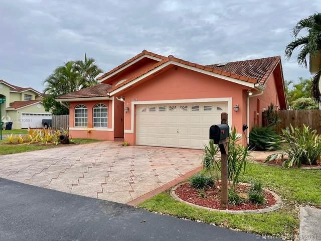 4229 SW 154th Ave, Miami, FL 33185 (MLS #A11070591) :: Equity Advisor Team