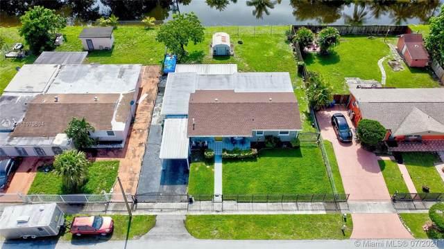 19325 NW 43rd Ave, Miami Gardens, FL 33055 (MLS #A11070694) :: Equity Advisor Team