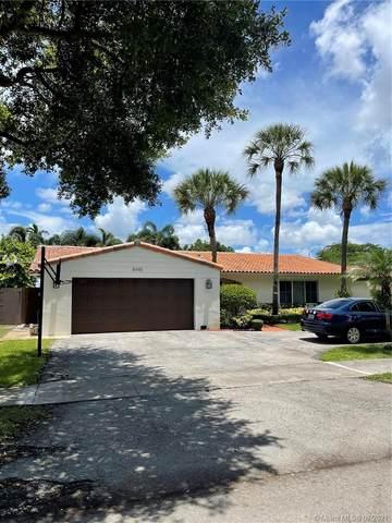 8445 Menteith Ter, Miami Lakes, FL 33016 (MLS #A11072446) :: Rivas Vargas Group