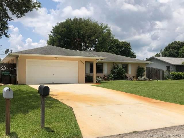 1542 SW Curtis St, Saint Lucie West, FL 34983 (MLS #A11073995) :: Berkshire Hathaway HomeServices EWM Realty