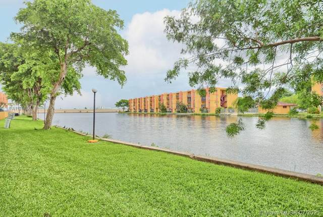 4717 NW 7th St 808-10, Miami, FL 33126 (#A11074027) :: Posh Properties