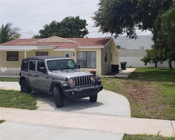 491 NW 3rd Way, Deerfield Beach, FL 33441 (MLS #A11074068) :: The Teri Arbogast Team at Keller Williams Partners SW