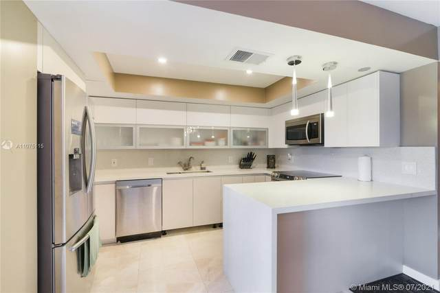 18021 Biscayne Blvd #404, Aventura, FL 33160 (MLS #A11075115) :: Search Broward Real Estate Team
