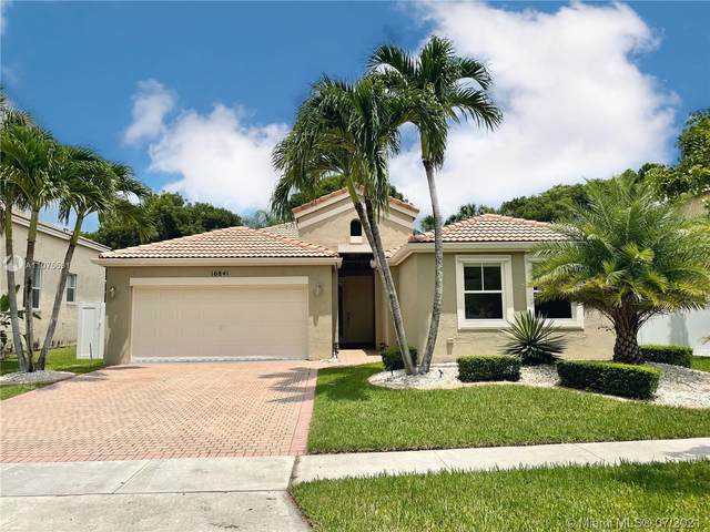 16841 SW 49th Ct, Miramar, FL 33027 (MLS #A11075531) :: The Pearl Realty Group