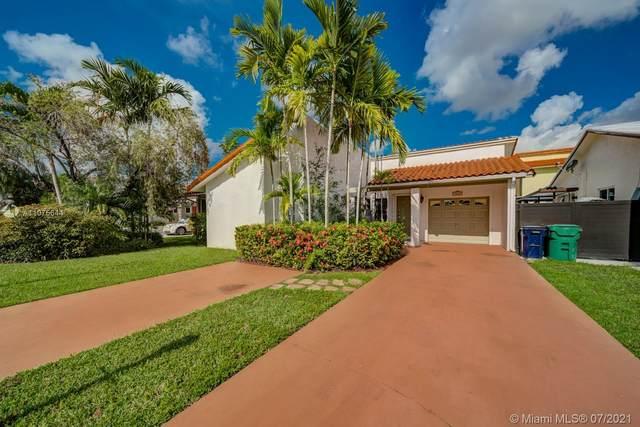 Miami, FL 33186 :: Vigny Arduz   RE/MAX Advance Realty