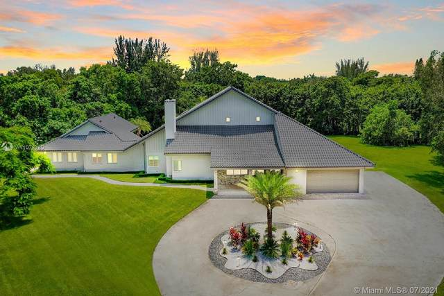 6850 Melaleuca Rd, Southwest Ranches, FL 33330 (MLS #A11076780) :: Green Realty Properties