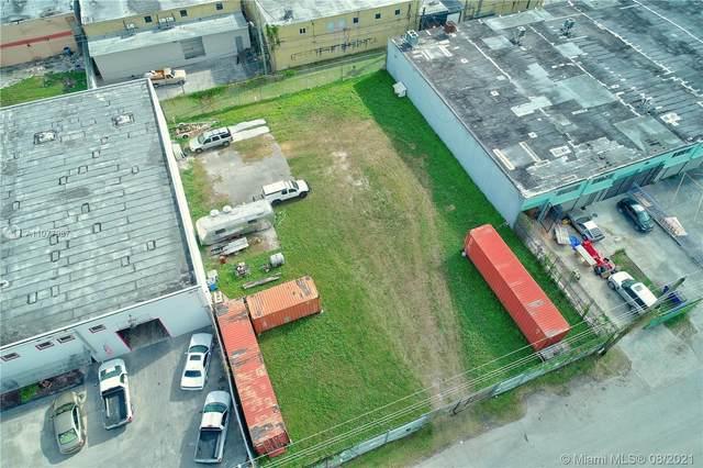 7401 NE 1st Pl, Miami, FL 33138 (MLS #A11077987) :: Green Realty Properties