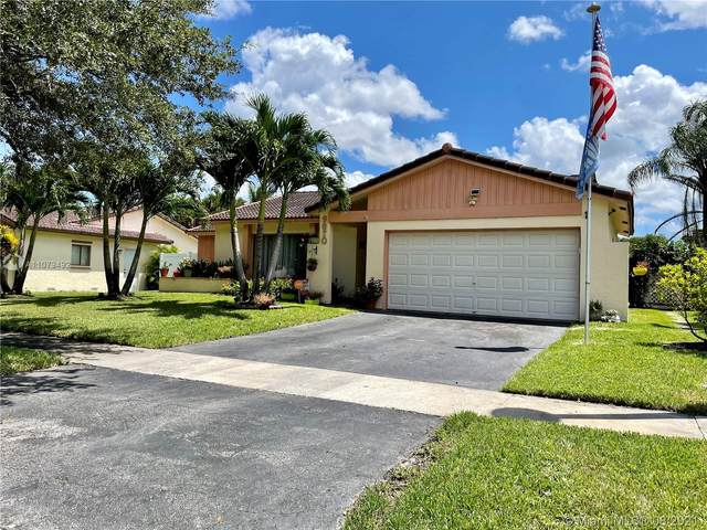 9870 NW 25th Ct, Coral Springs, FL 33065 (MLS #A11079492) :: Berkshire Hathaway HomeServices EWM Realty