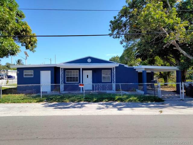 525 SW 1st St, Dania Beach, FL 33004 (MLS #A11079506) :: Douglas Elliman