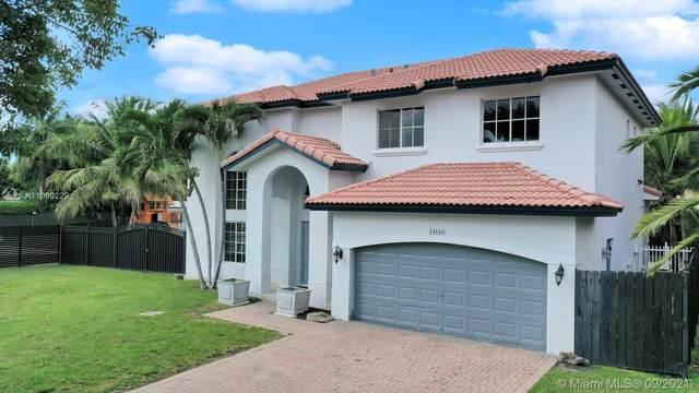 14788 SW 158th Path, Miami, FL 33196 (MLS #A11080229) :: Rivas Vargas Group