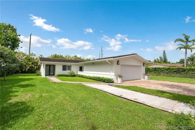 7111 SW 92nd St, Pinecrest, FL 33156 (#A11080605) :: Posh Properties
