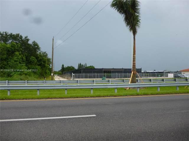 17490 SW 210th St, Miami, FL 33187 (MLS #A11083726) :: Berkshire Hathaway HomeServices EWM Realty
