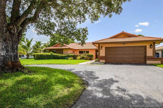 8537 SW 1st Pl, Coral Springs, FL 33071 (MLS #A11085835) :: The Rose Harris Group