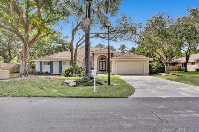 18510 SW 78th Pl, Cutler Bay, FL 33157 (MLS #A11085964) :: ONE   Sotheby's International Realty