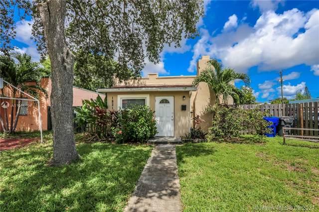 1821 Adams St, Hollywood, FL 33020 (MLS #A11086154) :: Douglas Elliman