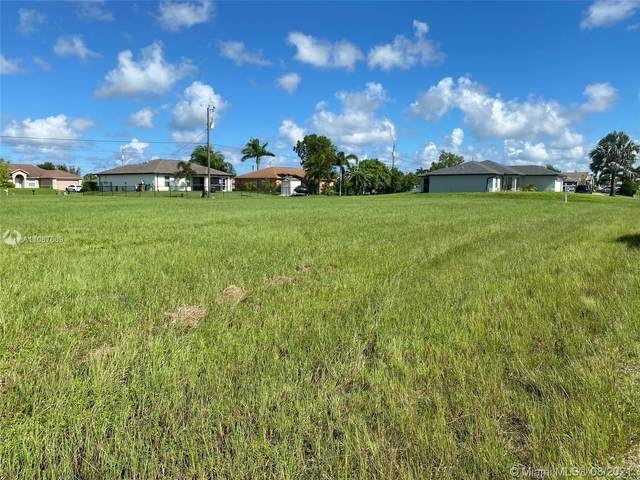 1408 NE 7th Ave, Cape Coral, FL 33909 (MLS #A11087669) :: Equity Realty