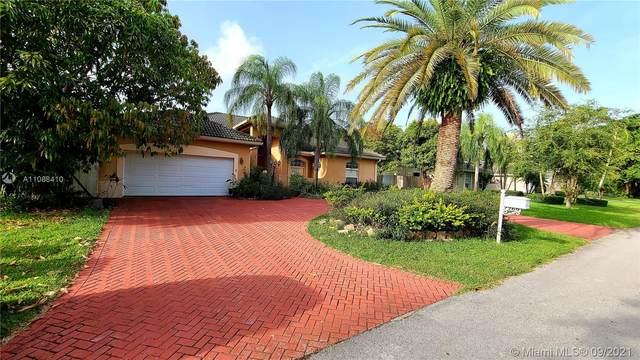 7769 SW 184th Way, Cutler Bay, FL 33157 (MLS #A11088410) :: Equity Realty
