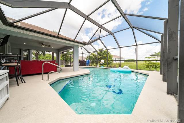 927 12 Ave, Cape Coral, FL 33993 (MLS #A11088854) :: Onepath Realty - The Luis Andrew Group